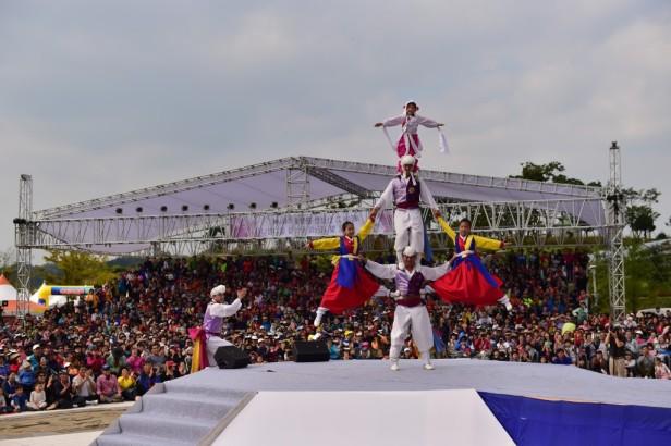 Anseong Matchum Namsadang Baudeogi Festival (12)